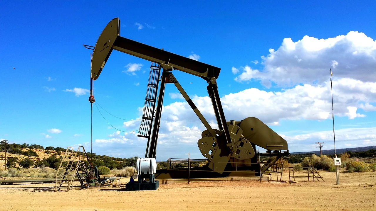 A look inside the Interesting Gas and Oil Industry